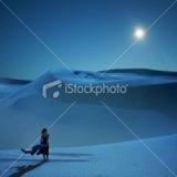 ist2_8687761-full-moon-is-calling